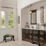 bathroom-cabinets-in-alpharetta-black-shiny-vanity